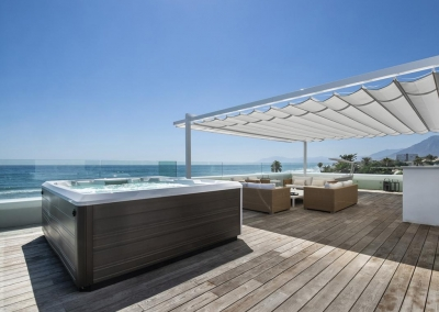 The rooftop hot tub & lounge at Villa Sequillo, Costabella has stunning views of the Mediterranean