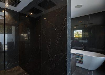 Bedroom #1 en-suite at Villa Tucan, Nueva Andalucía