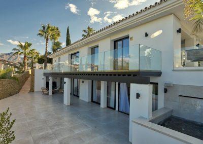 The lower ground floor patio at Villa Tucan, Nueva Andalucía