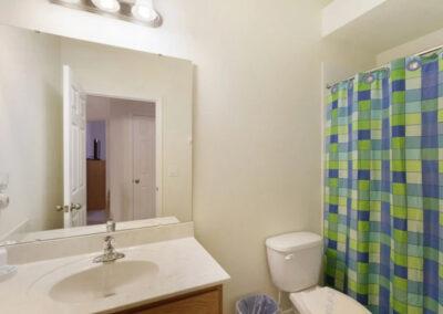 The bathroom at Watersong Resort 50, Davenport