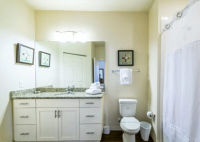 Bedroom #1 en-suite at West Lucaya Village 17, Kissimmee