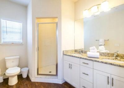 Bedroom #2 & #3 Jack 'n Jill bathroom at West Lucaya Village 17, Kissimmee