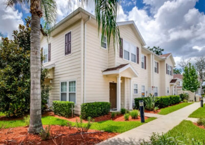 West Lucaya Village 17, Kissimmee is a well-furnished four bedroom, three bathroom townhouse close to Disney, golf & restaurants on Highway 192. Open plan living room & modern kitchen with dishwasher. Gated resort has zero-entry pool, kids games room & fitness center.