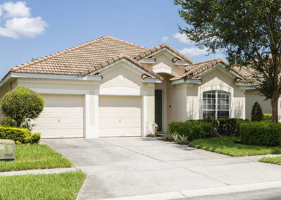 Windsor Hills Resort 515, Kissimmee is a spacious four bedroom, four bathroom villa with private pool & spa. Open plan living includes a granite kitchen. Ideal for families with two themed bedrooms & games room. Gated resort close to Disney with water park, gym & clubhouse.