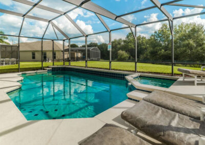 The swimming pool & spillover tub at Windsor Palms Resort 6, Kissimmee