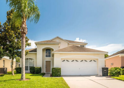 Windsor Palms Resort 6, Kissimmee is a six bedroom, four bathroom villa with private pool & games room on a well-presented resort just five miles from Disney. There's a pool table, soccer game & themed bedrooms. Onsite pool with slides, gym, arcade, bar & restaurant.